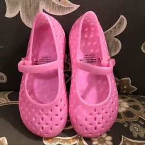 Toddler size 8 pink jelly shoes great condition